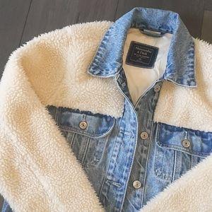Denim crop jacket with Sherpa fur